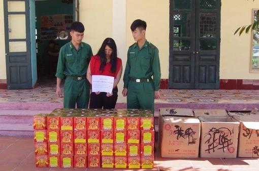 Bắt nữ 9X mua gần 150 kg pháo về cho bạn bè, người thân đốt chơi Tết