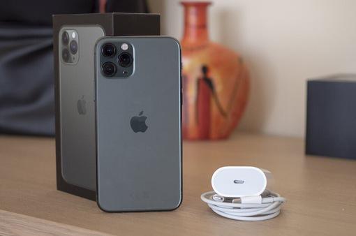 Với củ sạc 18W, iPhone 11 Pro sạc nhanh như thế nào?