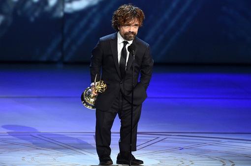 """Emmy 2019: """"Quỷ lùn"""" Peter Dinklage giành giải lần thứ 4 nhờ """"Game of Thrones"""""""