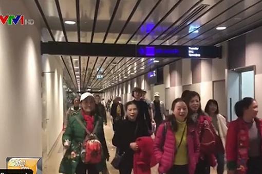 Trung Quốc: Bất chấp lệnh phong tỏa, nhiều tài xế đưa người chui khỏi Vũ Hán