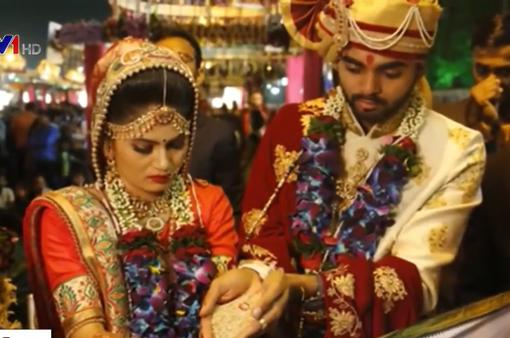 Kinh tế khó khăn, người Ấn Độ giảm chi phí tổ chức đám cưới