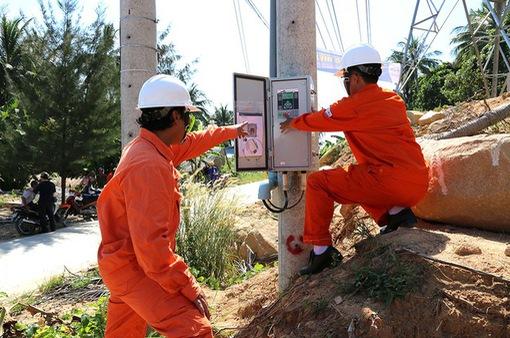 Nỗ lực đưa điện ra vùng biển đảo Tây Nam