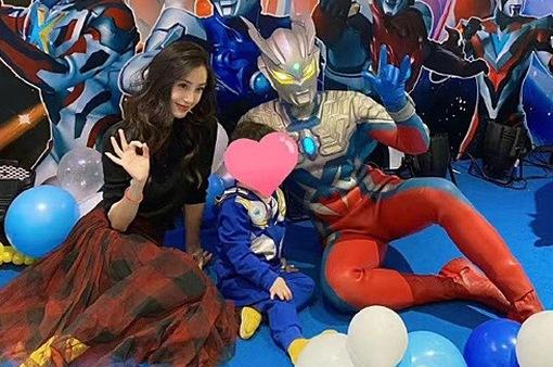 Hóa ra Huỳnh Hiểu Minh không hề vắng mặt tại tiệc sinh nhật con trai