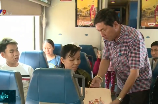 TP.HCM: Hơn 20.000 công nhân được nhận vé tàu, vé xe nghĩa tình