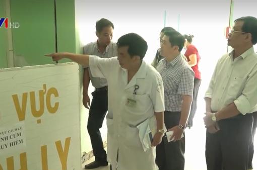 Khánh Hòa kiểm tra công tác ứng phó dịch bệnh viêm phổi cấp