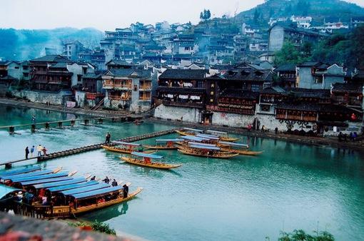 Nhiều doanh nghiệp hủy tour du lịch đến Trung Quốc