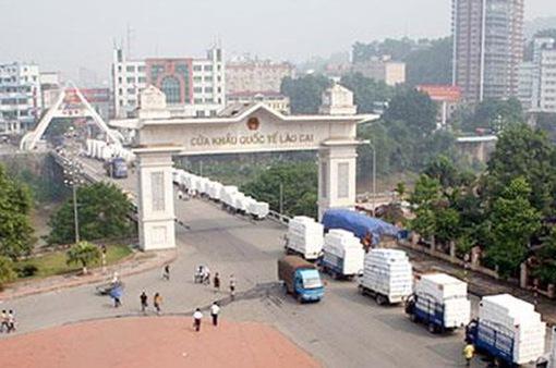 Lào Cai tạm ngừng xuất, nhập cảnh khách du lịch qua cửa khẩu quốc tế