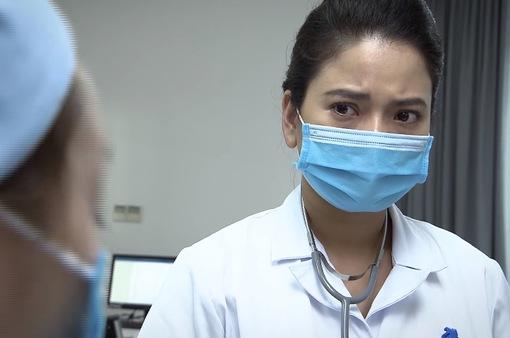 Lửa ấm - Tập 1: Thủy (Thúy Hằng) bị người nhà bệnh nhân quay phim, chụp ảnh vì chưa cứu người ngay
