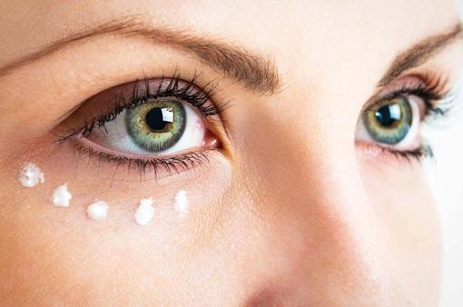 Bọng mắt nhanh tan biến chỉ với 4 mẹo sau
