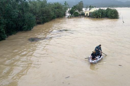 133 người thiệt mạng và mất tích do mưa lũ tại miền Trung