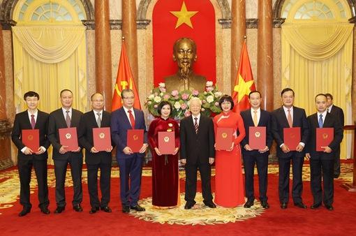 Trao quyết định bổ nhiệm 9 Đại sứ Việt Nam tại nước ngoài