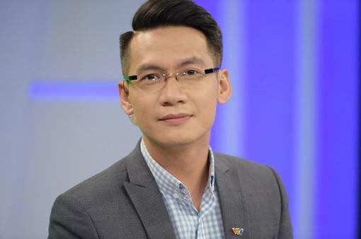 """BTV Tuấn Dương giải thích sau sự cố """"nén khóc"""" trên sóng trực tiếp"""
