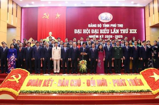 Bế mạc Đại hội Đảng bộ tại một số tỉnh