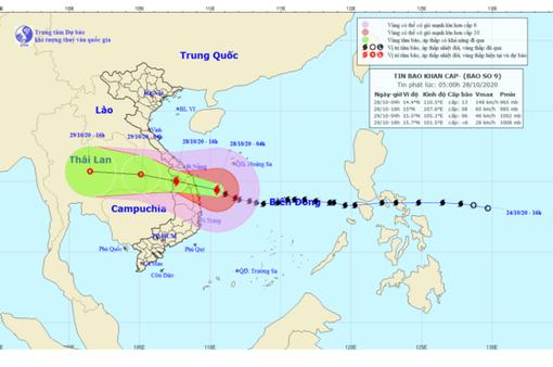 CẬP NHẬT Bão số 9: Bão áp sát ven biển Đà Nẵng đến Phú Yên, di chuyển tàu ra khỏi khu vực nguy hiểm