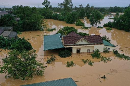 Thiên tai trong tháng 10 gây thiệt hại gần 3.000 tỷ đồng