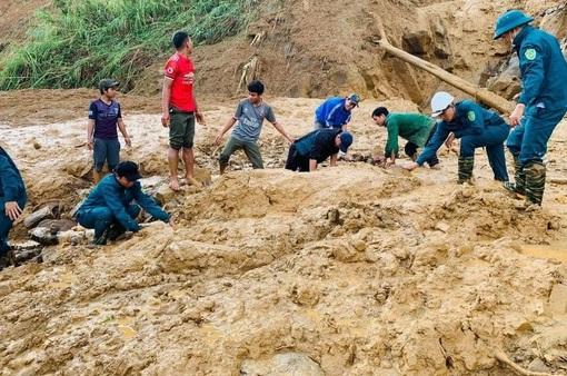 Sạt lở tại Phước Sơn, Quảng Nam: Tìm được 5 thi thể, vẫn còn 13 người mất tích