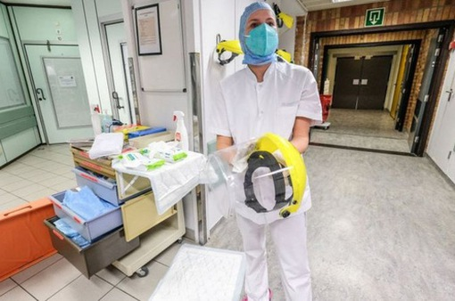 """Báo động khẩn cấp về y tế, Bỉ """"phong tỏa nghiêm ngặt"""" toàn quốc trong 6 tuần"""