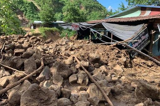 Vụ sạt lở ở Phước Sơn: Lương thực tại 2 xã bị cô lập đã cạn