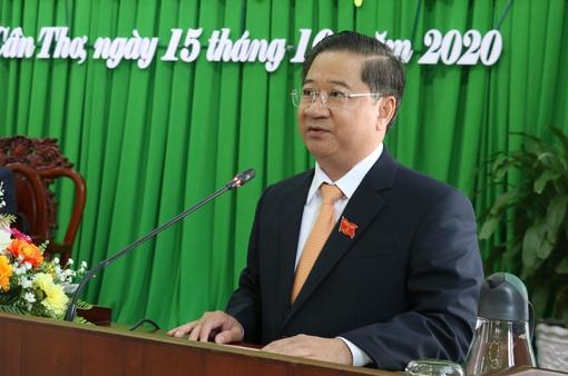 Thủ tướng phê chuẩn kết quả bầu Chủ tịch UBND TP Cần Thơ đối với ông Trần Việt Trường
