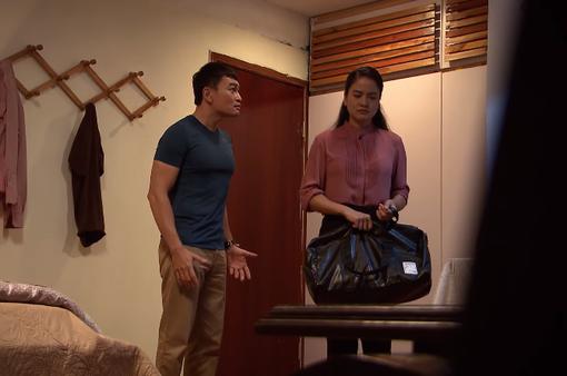 """Lửa ấm - Tập 41: Ngọc """"khóc thuê"""" giúp Thủy, Minh bàng hoàng khi vợ đòi ly thân"""