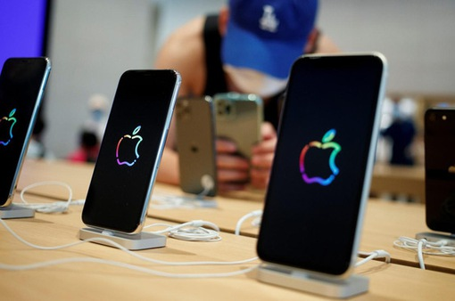 4 mẫu iPhone 12 chính hãng lên kệ tại Việt Nam