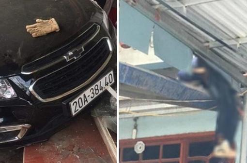Tài xế ô tô tông người bay lên nóc nhà tử vong đã ra trình diện