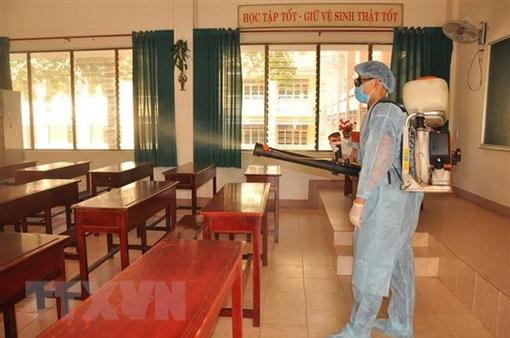 5.000 học sinh tạm thời nghỉ học để phòng chống dịch