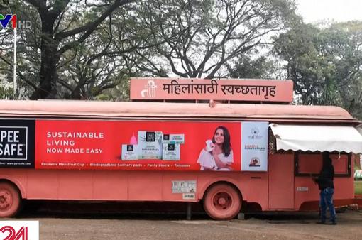 Ấn Độ biến xe bus cũ thành nhà vệ sinh dành riêng cho phụ nữ
