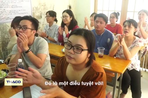 Lớp học ngoại ngữ miễn phí ở chùa Lá