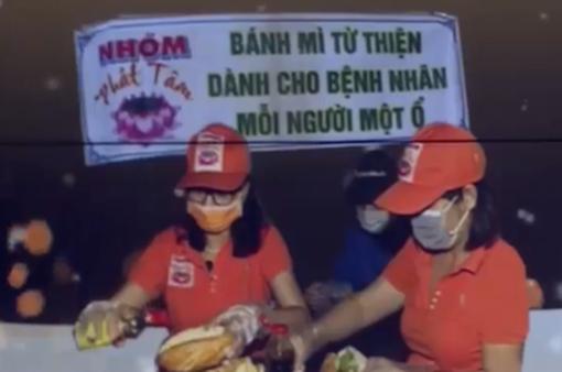 Ấm lòng với bánh mì từ thiện tại Tiền Giang