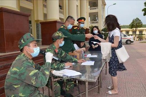Thủ tướng biểu dương Quân đội, Công an trong phòng chống COVID-19