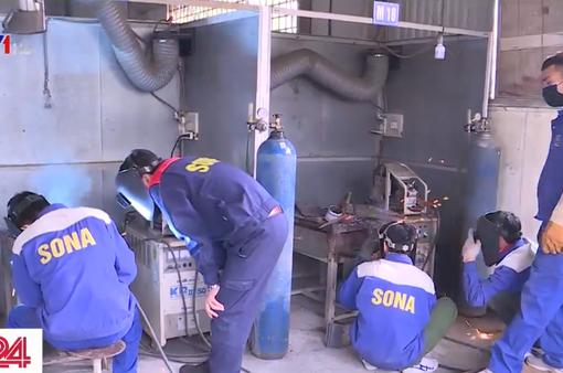 Nhiều doanh nghiệp xuất khẩu lao động rơi vào tình cảnh khó khăn do dịch COVID-19