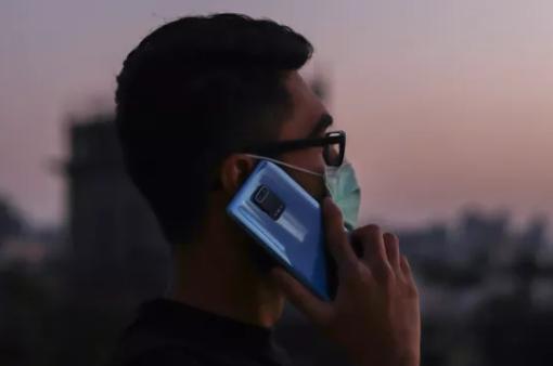 Thị trường smartphone Ấn Độ lao dốc mạnh vì COVID-19