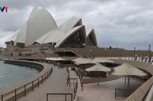 Australia khuyến cáo người dân không nên ra khỏi nhà