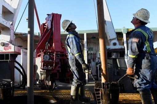 Giá dầu tăng với hy vọng đạt thỏa thuận cắt giảm