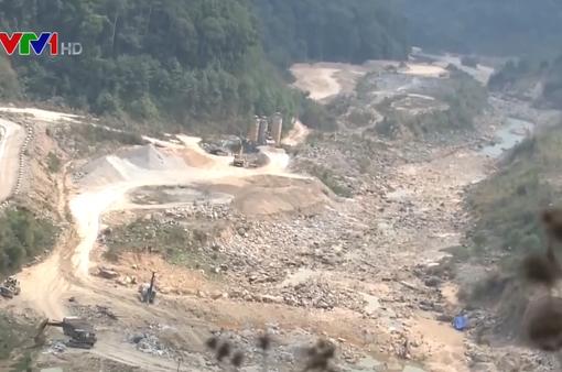 Thủy điện chặn dòng làm gia tăng khô hạn tại Kon Tum