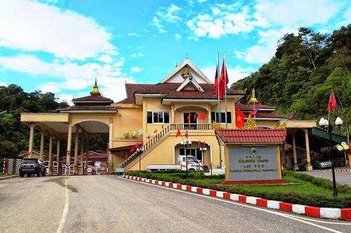 Bộ Ngoại giao lưu ý công dân Việt về thay đổi xuất nhập cảnh Việt Nam - Lào