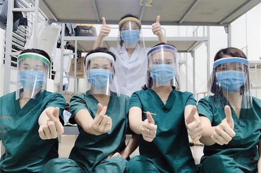 Asus hỗ trợ tuyến đầu chống dịch COVID-19 tại Việt Nam