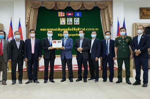 Campuchia cảm ơn Việt Nam viện trợ thiết bị y tế chống dịch COVID-19