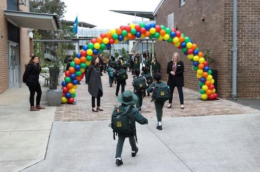 Bang đông dân nhất Australia mở lại trường học