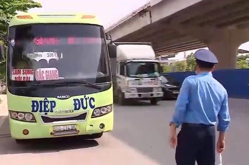"""Hà Nội mạnh tay xử lý nạn """"xe dù, bến cóc"""" hoành hành"""