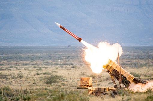 Mỹ bán tên lửa Patriot thế hệ mới cho Kuwait