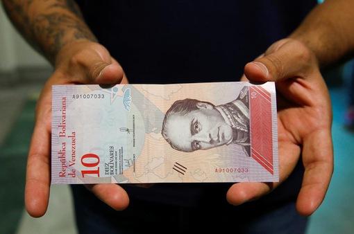 """Venezuela đối mặt với nền kinh tế bị """"tàn phá"""""""