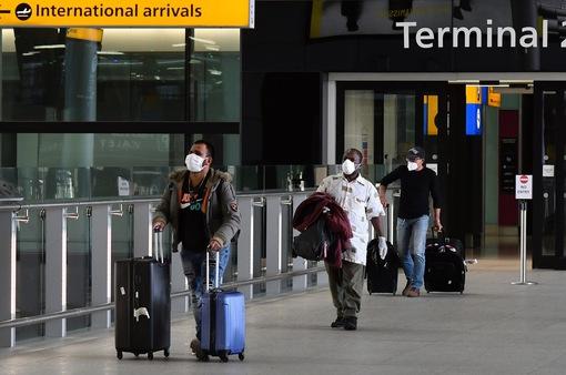 Người nhập cảnh vào Anh phải tự cách ly 14 ngày