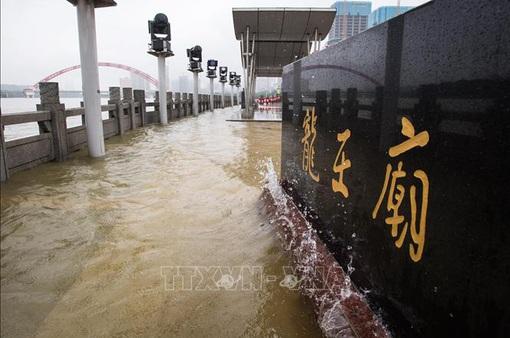 Cảnh báo lũ trên con sông lớn thứ ba ở Trung Quốc
