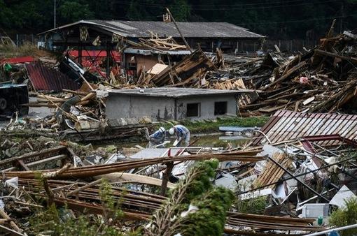 Nhật Bản: Mưa lũ cướp sinh mạng 63 người, ít nhất 16 người mất tích
