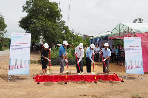 Khởi công xây dựng 9 cây cầu tình nghĩa tại huyện Tân Hưng, Long An
