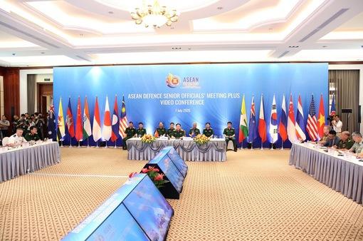 Bộ trưởng Bộ Quốc phòng: Đại dịch COVID-19 là thách thức an ninh phi truyền thống vô cùng lớn