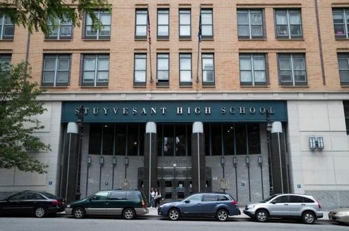 Thành phố New York mở cửa lại trường học vào tháng 9