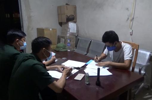 """Bắt lái xe """"đột lốt"""" người khác khi nhập cảnh vào Việt Nam để trốn cách ly"""